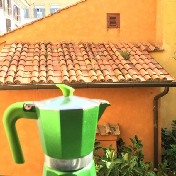 Appartement in Rome tijdens make-over. NU te huur om de hoek van het Colosseum