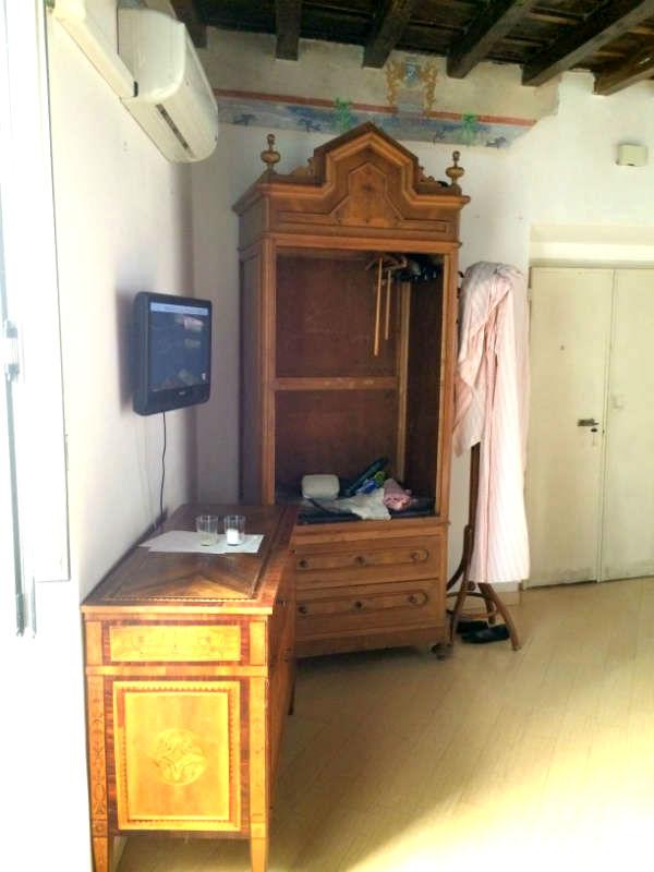Appartement in Rome tijdens de make-over. Appartement in Rome is Nu te huur